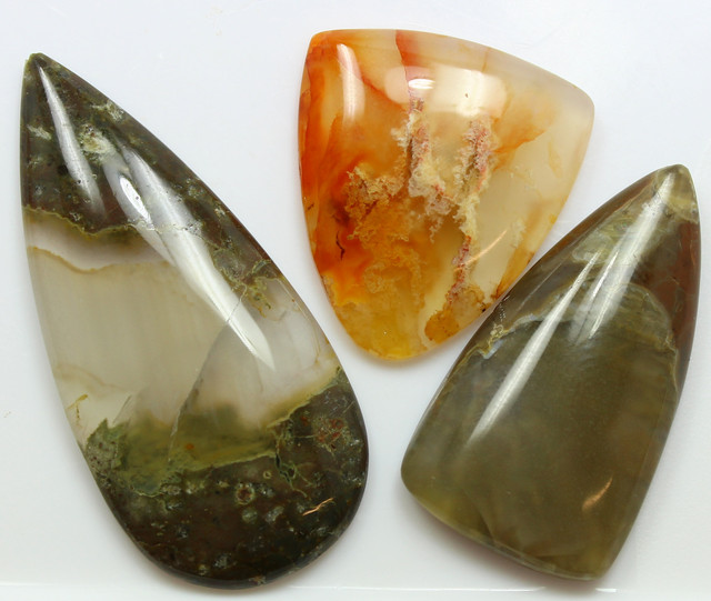 101.10 CTS  - 3 PCS AGATE POLISHED STONE PARCEL