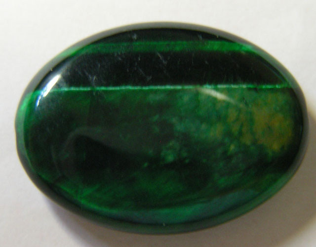 23 CTS TIGERS EYE DYED GREEN 11289