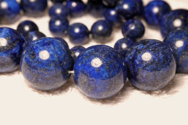 18 Inch Lapis Lazuli Graduated Strand - 10mm to 20mm