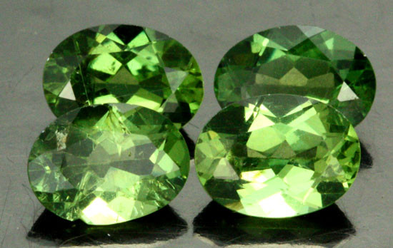 4.60 CTS PARCEL OF 4 NATURAL APATTIE - YELLOW GREEN [SB898]