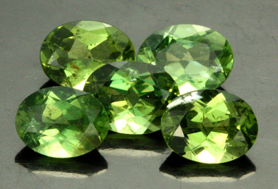 5.80 CTS PARCEL OF 5 NATURAL APATTIE - YELLOW GREEN [SB899]
