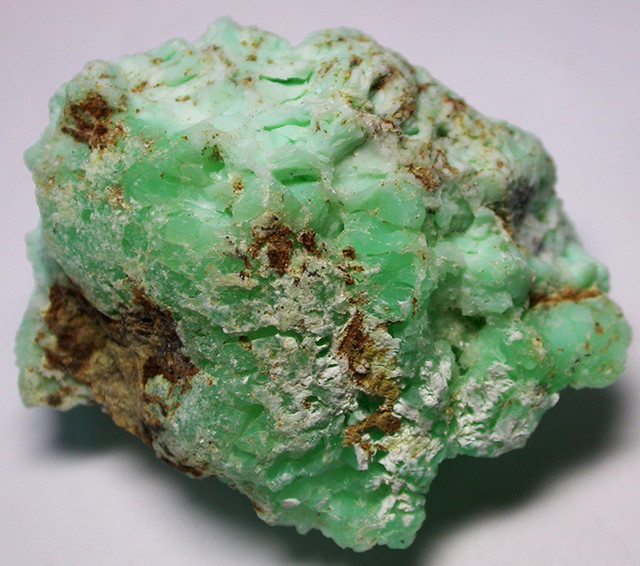 140.00 CTS LARGE INDONESIAN CHRYSOPHRASE ROUGH [F117]