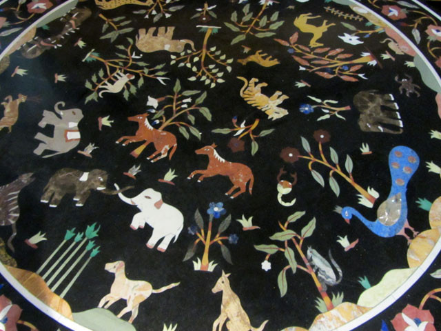 ANIMAL HUGE   120 cm  BEAUTIFUL MARBLE TABLE  INLAID GEMS