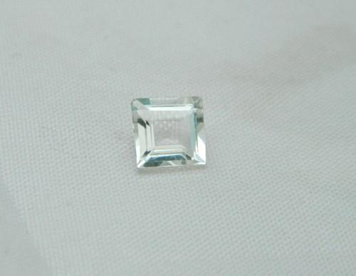 5x5mm 100% Natural Scapolite Facet Stone J969