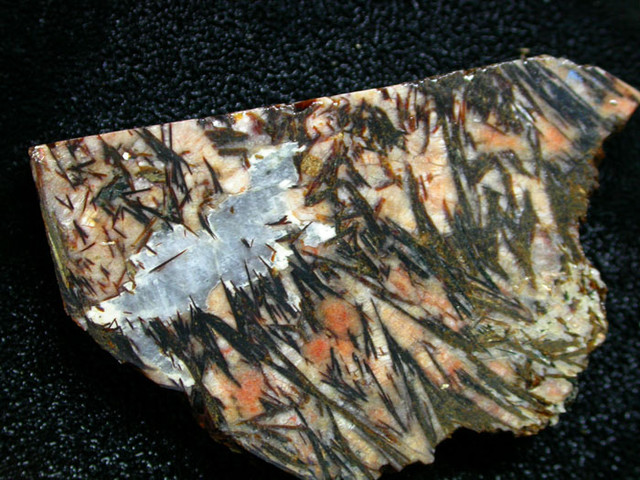 120 CTS ASTROPHYLITE ROUGH SLAB -RUSSIA [F3907 ]