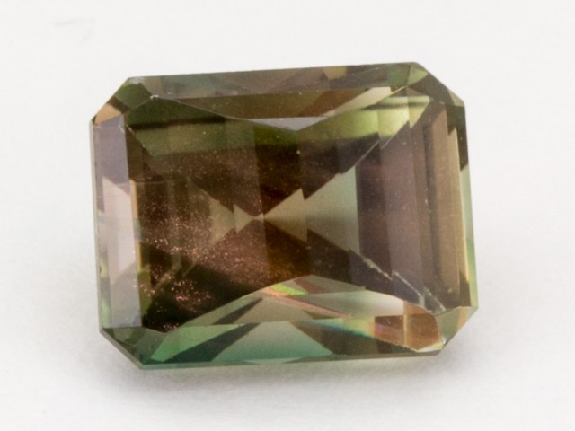 4.5 ct Oregon Sunstone, Rootbeer Emerald Step (S235)