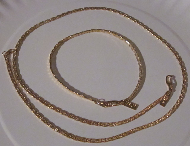 18K GOLD PLATED MATCHING CHAINS/12.4grams