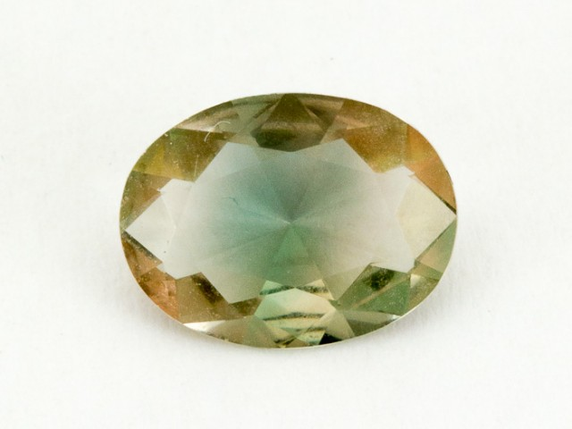 1.7ct Oregon Sunstone, Clear/green Oval (S696)