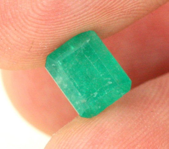 1.36 CTS SI COLUMBIAN EMERALD - BEAUTIFUL GEM [EMD3]
