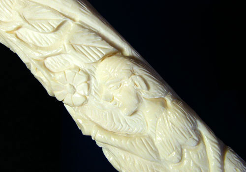 HAND CARVED ELEGANT SCULPTURE ,CAMEL BONE CARVING TR 238