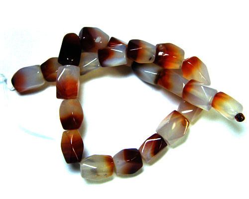 NATURAL BI COLOUR AGATE STRAND 255 CTS TR 314