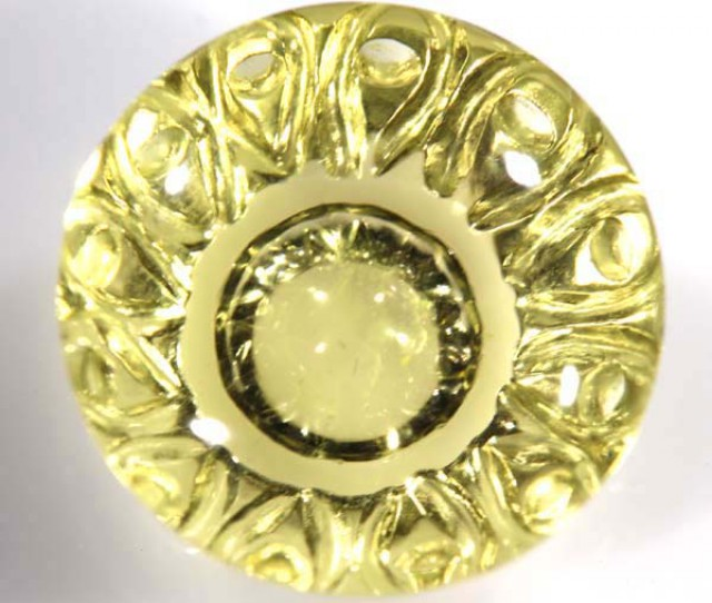 22 CT CARVED LEMON QUARTZ    CG-1485
