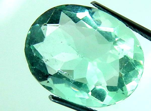 GREEN FLOURITE 18  CTS AS AB 197