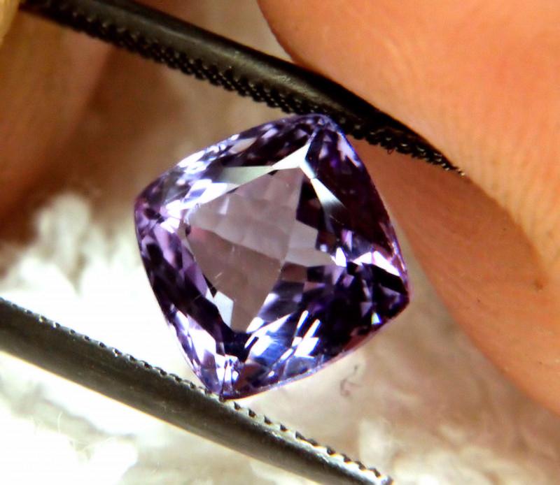 2.53 Ct. IF/VVS1 Purple / Blue African Tanzanite - Gorgeous