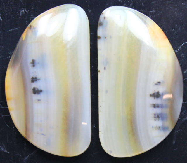 17.15 CTS WYOMING AGATE PAIR OF POLISHED STONES