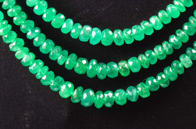 2mm to 4mm COLOMBIAN EMERALD faceted BEADS 16in line