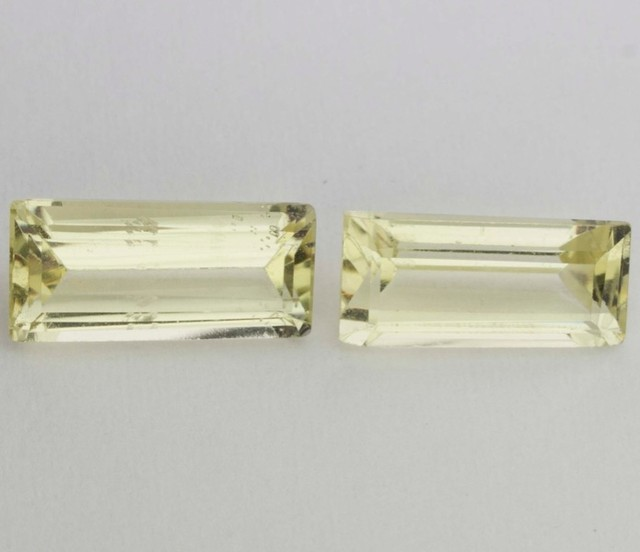 2.75ct NICE PAIR OF BERYL RECTANGULAR FACETED GEMS FROM BRAZIL
