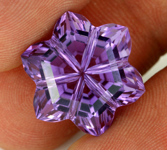 11.88 CTS AMETHYST FLOWER CARVING  -BRAZIL [AME16]