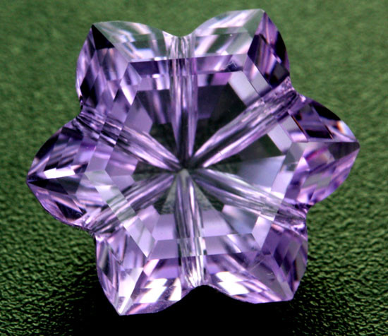 10.37 CTS AMETHYST FLOWER CARVING  -BRAZIL [AME14]