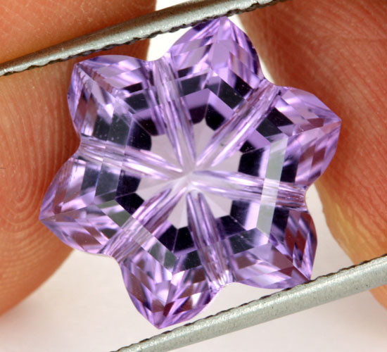 8.18 CTS AMETHYST FLOWER CARVING  -BRAZIL [AME11]