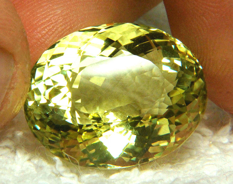 31.09 Ct. Beautiful, Natural, VVS1 Brazil Praisolite