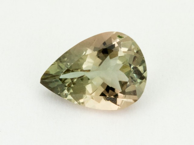 1.7ct Oregon Sunstone, Green/Peach Pear (S1600)