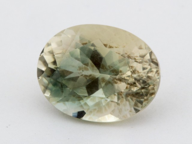 3.5ct Oregon Sunstone, Champagne/Green Oval S1269