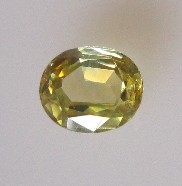 0.62cts Natural Australian Yellow Parti Sapphire Oval Shape