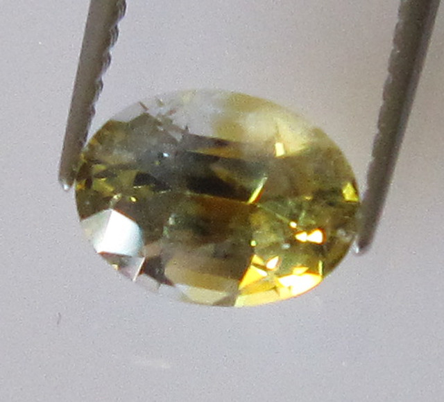 1.12cts Natural Australian Oval Yellow Parti Sapphire