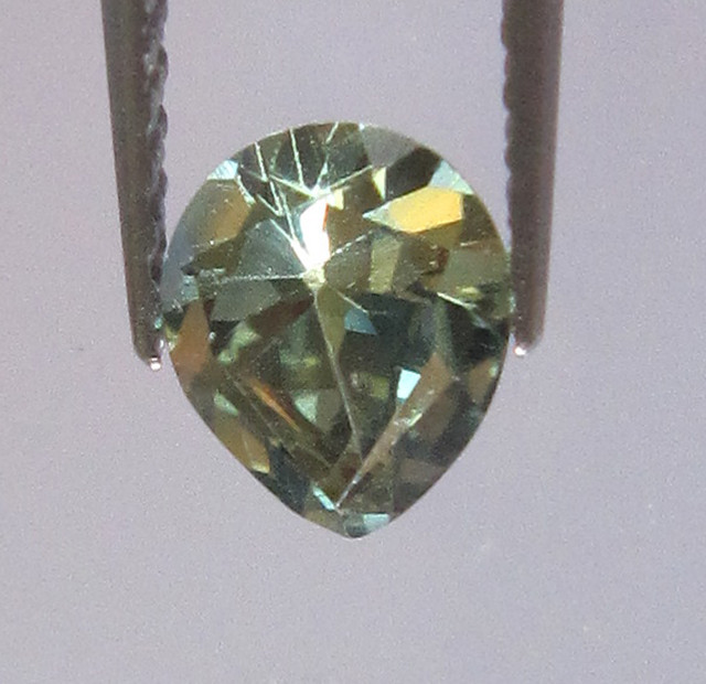 0.59cts Natural Australian Pear Yellow Parti Sapphire