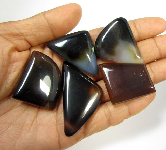 239 CTS PARCEL  INDONESIAN AGATE  MYGM 590