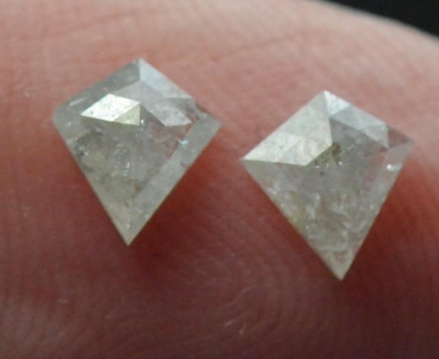 0.63ct 5.7mm White kite diamond pair rose cut