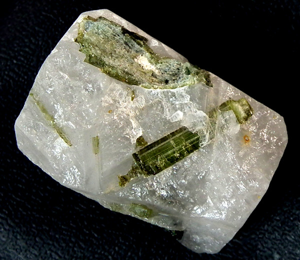 33.65 CTS-TOURMALINE NATURAL  DRILLED BEAD  ADG-10