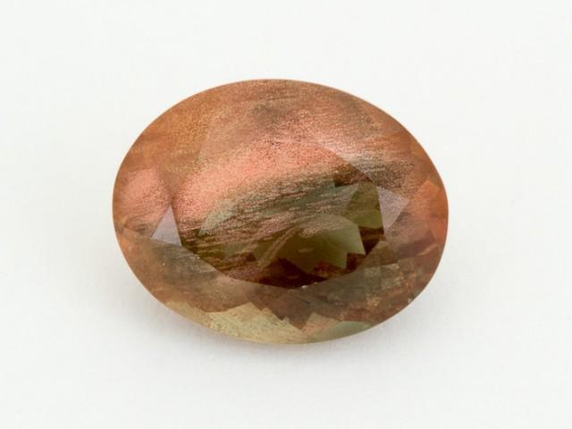 6.1ct Green Peach Oval Sunstone (S942)