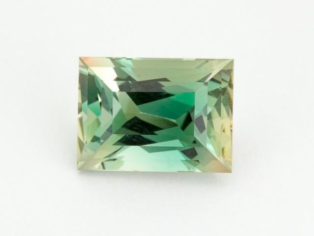 8.5ct Oregon Sunstone, Green/Clear Rectangle (S1916)