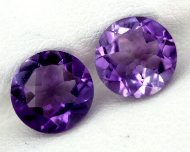 AMETHYST FACETED STONE2.10  CTS 2pcs 8x8 CG-30