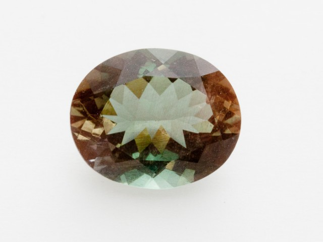 2.6ct Oregon Sunstone, Green/Red Oval (S2082)