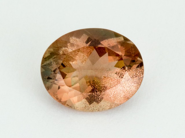 2.8ct Peach Green Oval Sunstone (S2055)