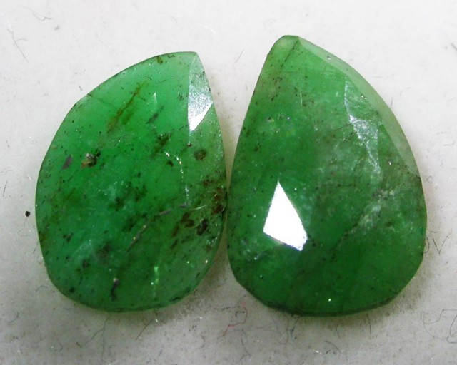 3.17 CTS EMERALD  PAIRS FACETED  FROM ZANZIBAR [ST7001 ]