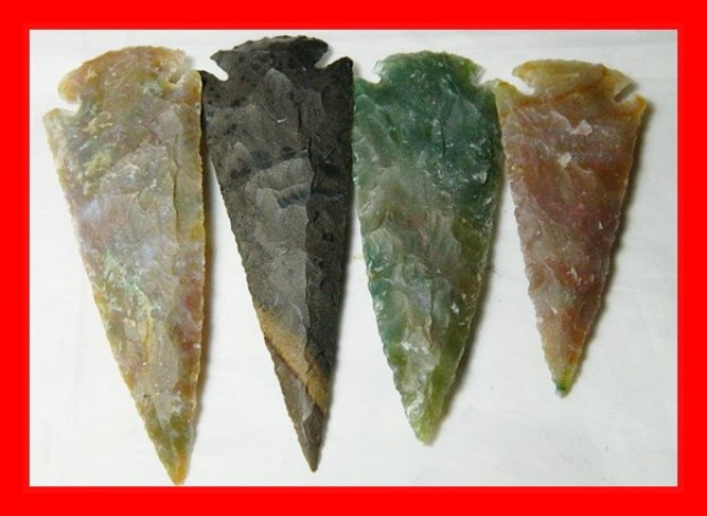 3 to 4 Inch Natural Jasper Arrow Head Caving Z11