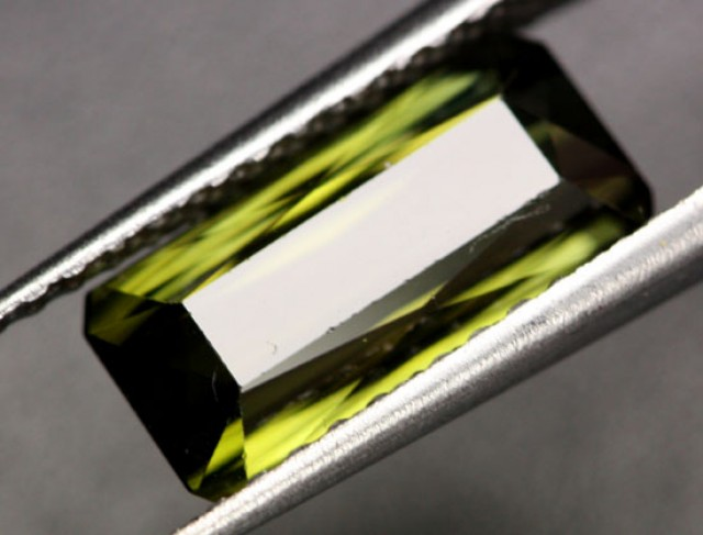 3.38 CTS VS DEEP GREEN NIGERIAN TOURMALINE [TRM50]