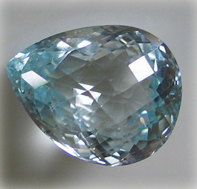 51.22cts LUSTEROUS PASTEL BLUE TOPAZ - CERTIFIED BEAUTY