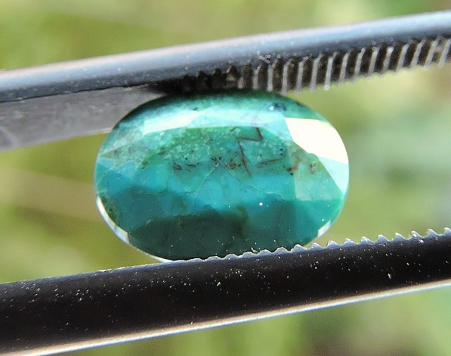 1.35ct CHRYSOCOLLA OVAL FACETED SPECIMEN GEMSTONE FROM MADAGASCAR