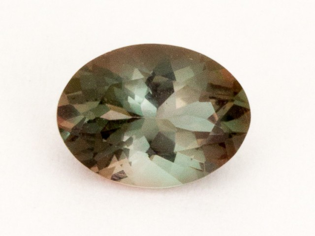 .8ct Oregon Sunstone, Red/Green Oval (S2190)