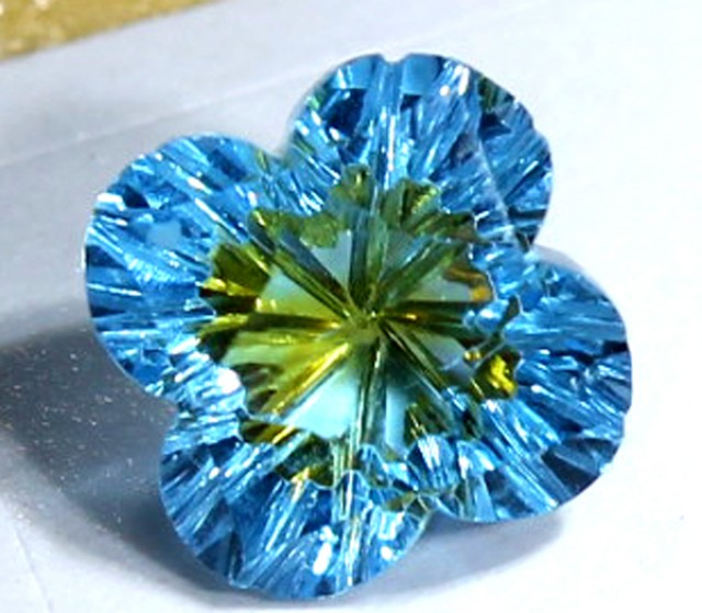 TOPAZ FLOWER CARVING  2.10  CTS  LG-17
