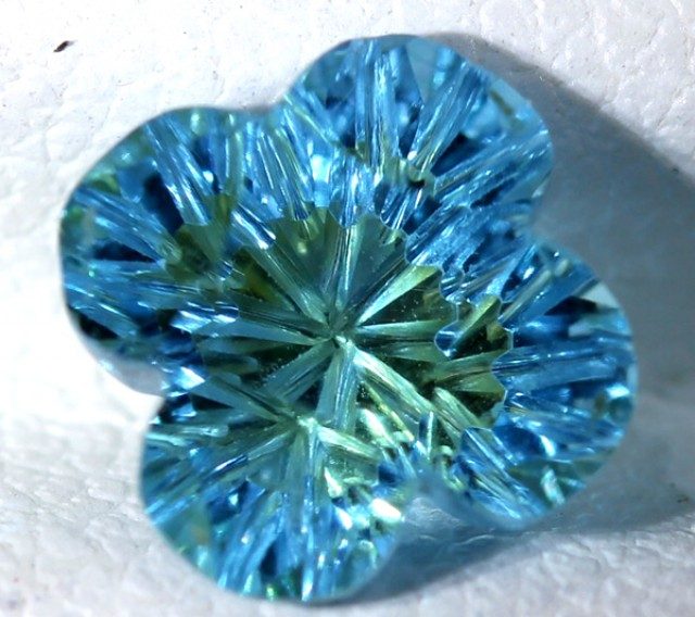 TOPAZ FLOWER CARVING  1.95  CTS  LG-20