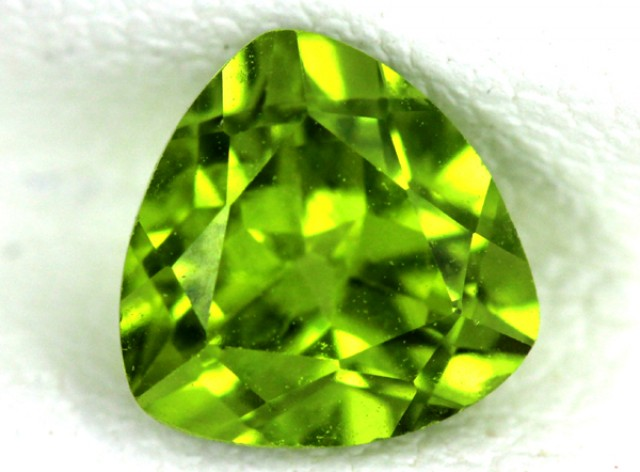 PERIDOT FACETED STONE  1.60  CTS    SG -1672