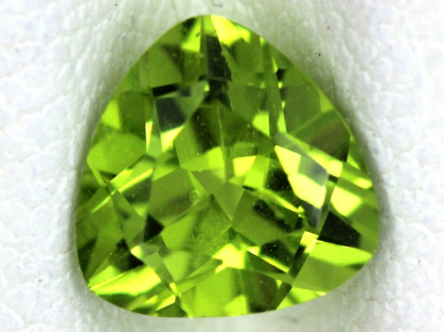 PERIDOT FACETED STONE  1.20  CTS    SG -1678