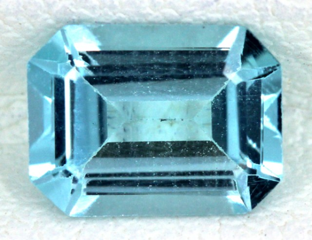 BLUE TOPAZ NATURAL FACETED  1.65 CTS SG-1686