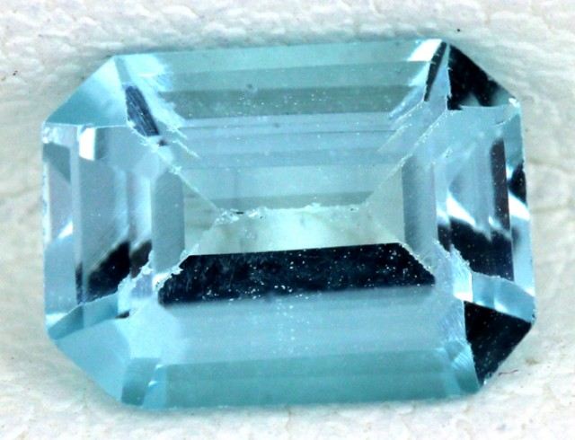 BLUE TOPAZ NATURAL FACETED  1.75 CTS SG-1690